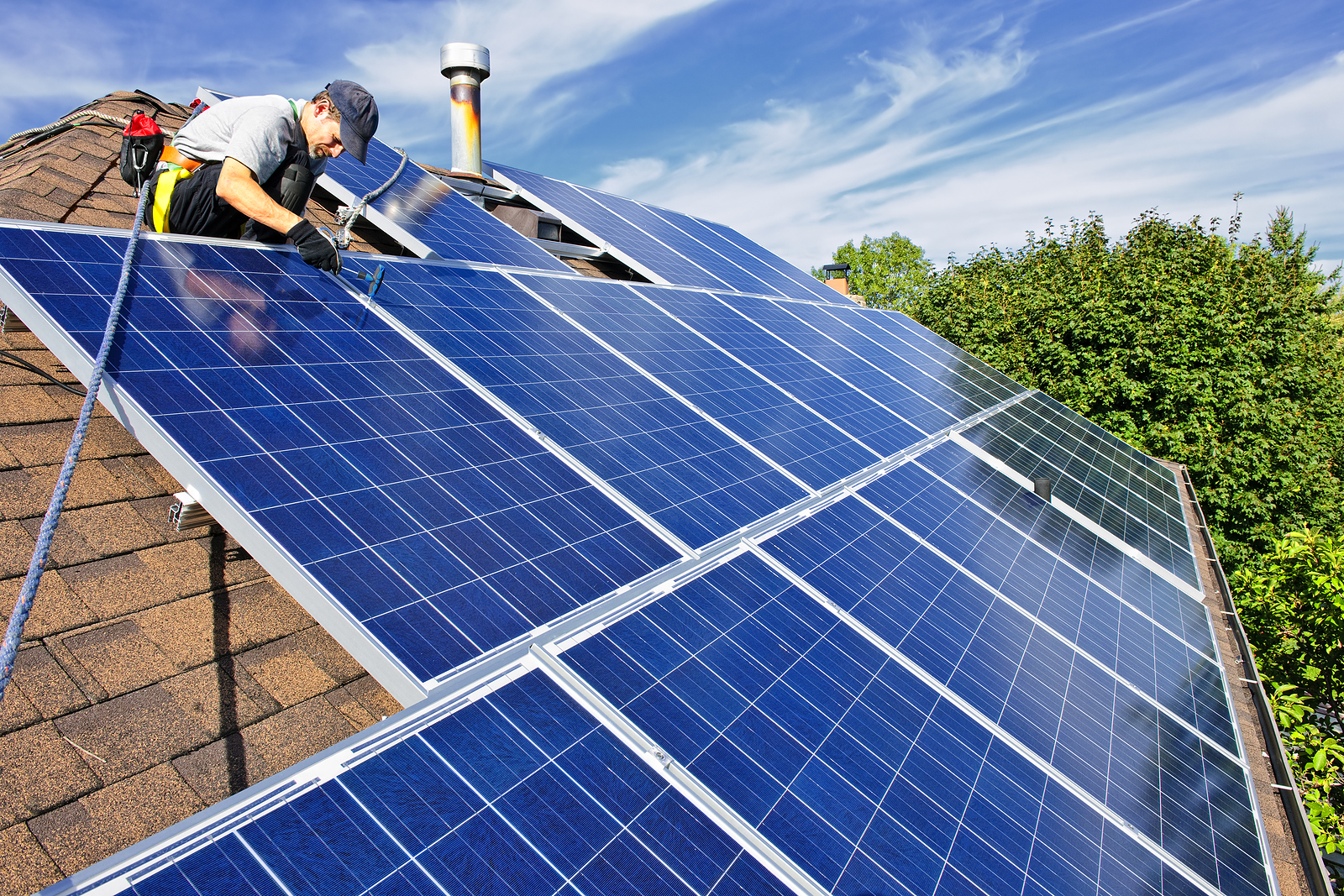 Solar Panels For Your Home >> 5 Good Reasons Why You Should Get Solar Panels For Your Home